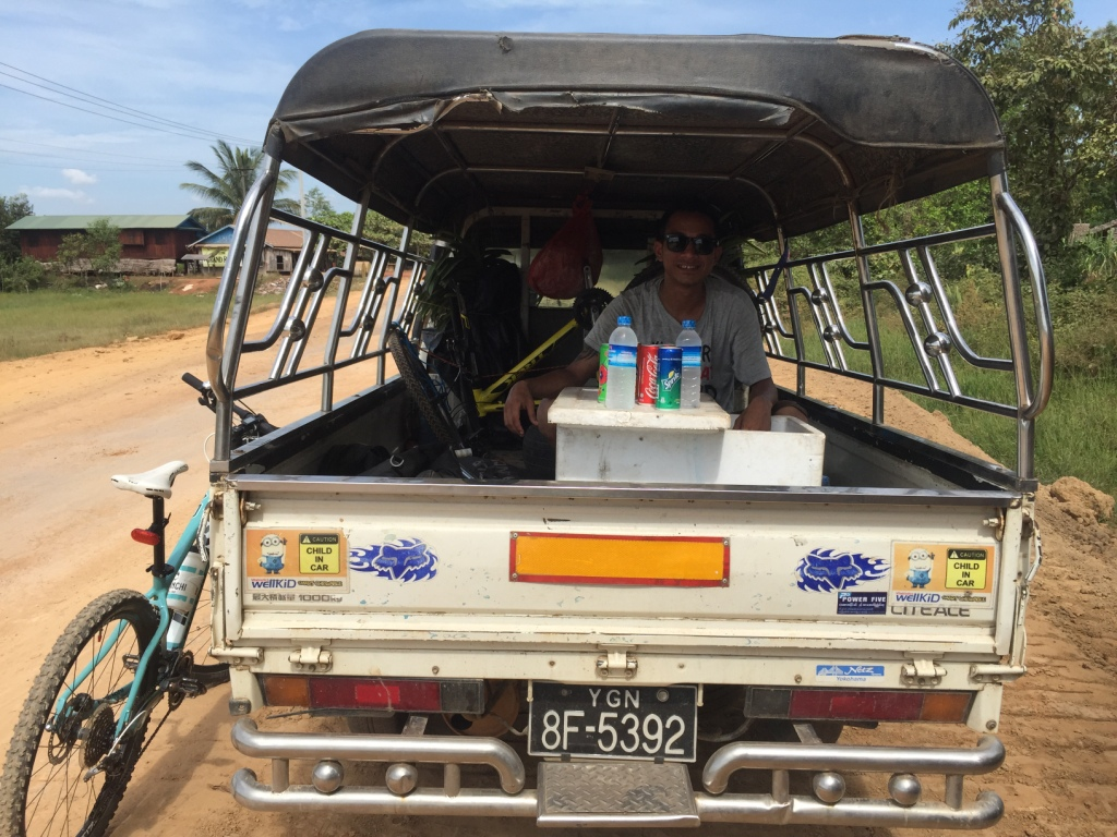 Cycling in Mawlamyine - Kor Nat Village / Hpa-An